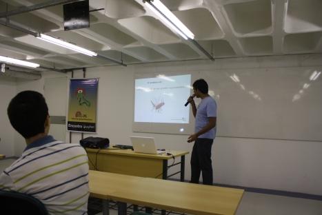 Marcel apresentando sobre o PUG-PE