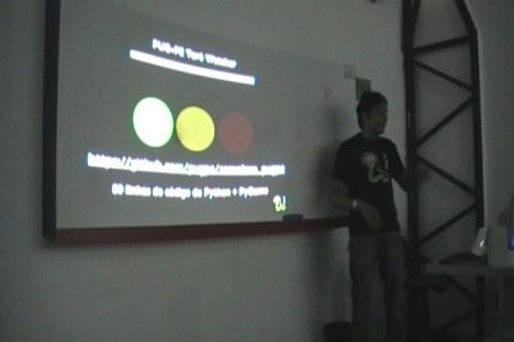 Marcel apresentando o Toró de Palestras