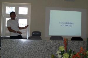 Marcel Caraciolo apresentando sobre o PUG-PE
