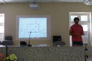 Hugo Serrano apresentando sobre o seu trabalho: RainToolbox