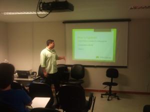 Matheus palestrando sobre PyGame